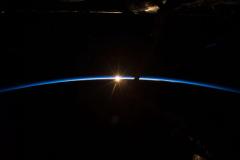Tramonto visto dallo spazio