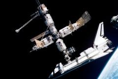 STS-71 - Atlantis agganciato alla MIR