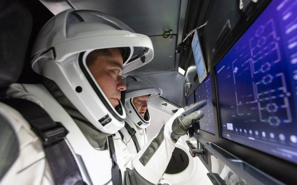 """SpaceX porterà """"turisti"""" nello spazio con la Crew Dragon – Umberto ..."""